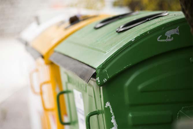 Entretien des containers et poubelles à Paris 10e | BNC Nettoyage Général